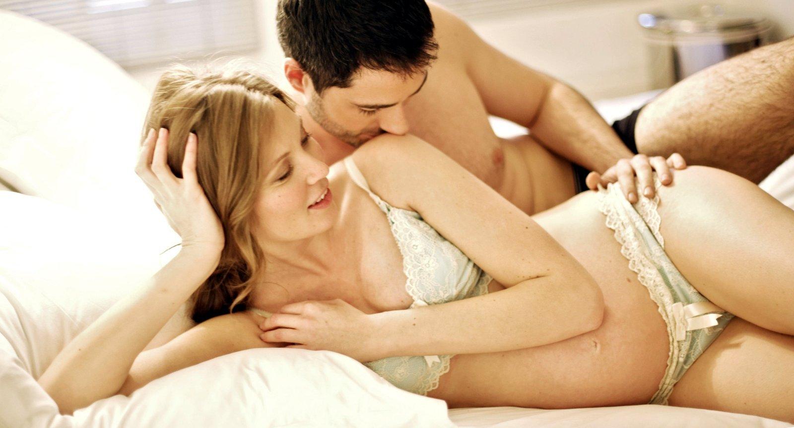 Секс на поздних сроках беременности.