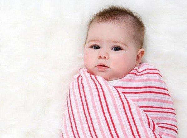 Пеленание новорожденных: свободное пеленание