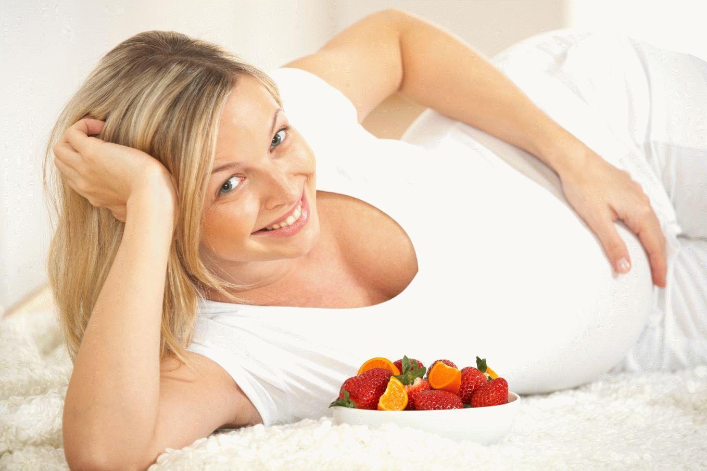 Если беременная — сладкоежка: польза и вред шоколада