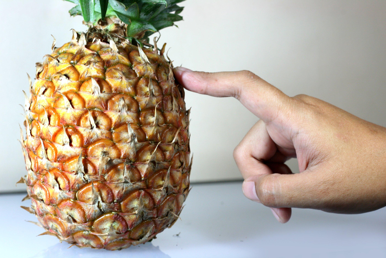 Можно ли будущим мамам есть ананасы?
