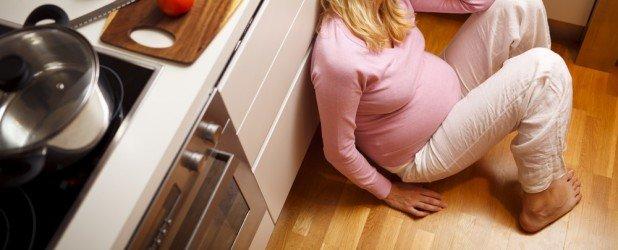 Пищевое отравление: что нужно знать будущей маме, чтобы помочь себе и малышу