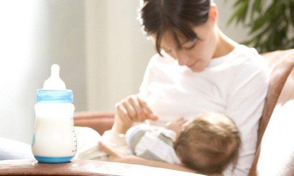 Мать и новорождённый