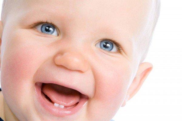 первая пара молочных зубов