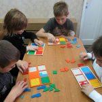 Дети в процессе игры