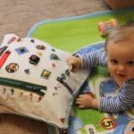 Подушка-бизиборд