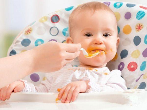Кормление малыша в 8 мес