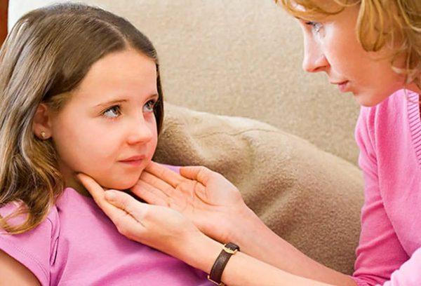 Ребёнок с увеличенными лимфоузлами