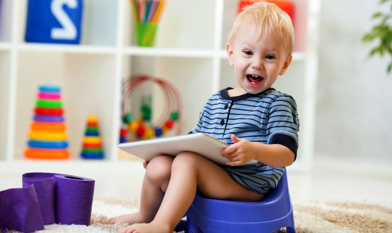 Эффективные способы приучить ребёнка к горшку