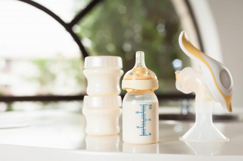 Как уменьшить выработку грудного молока во время лактации