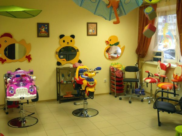 Зал детской парикмахерской