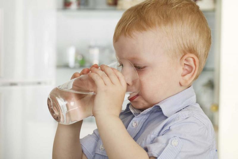 Чем отличается детская вода от обычной